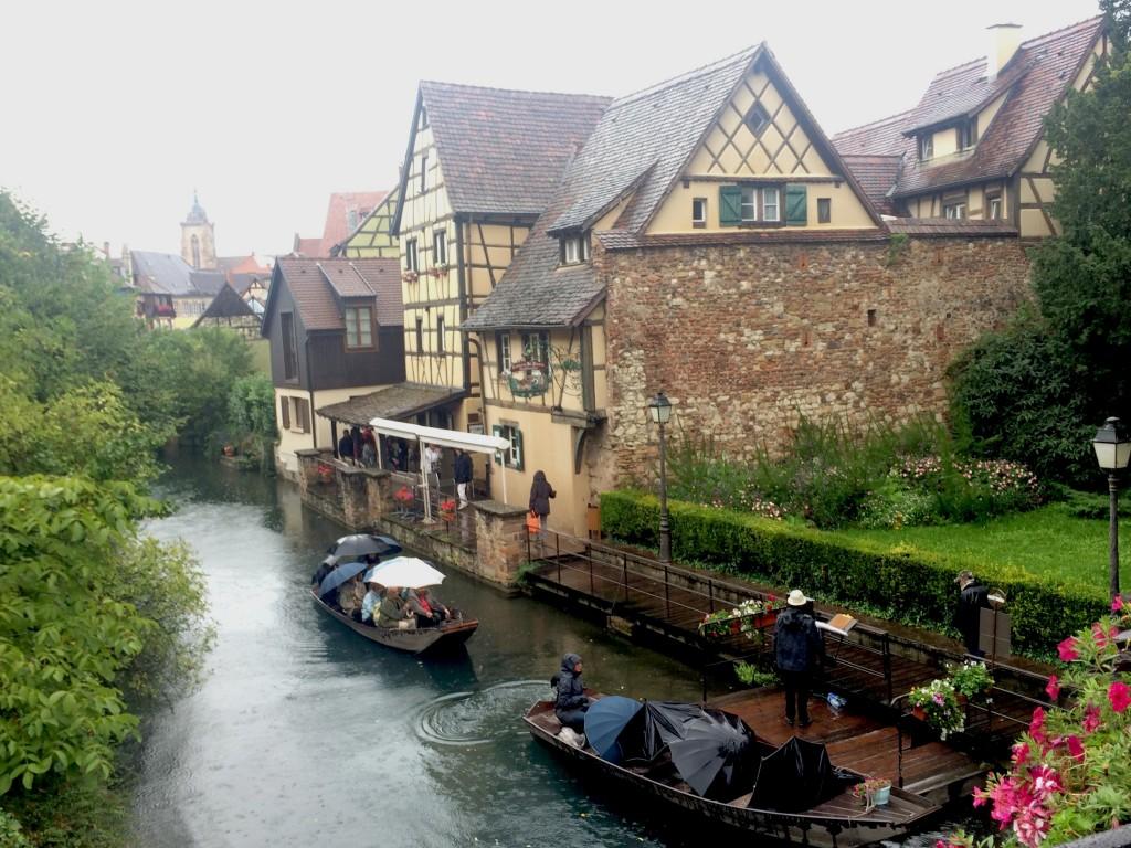Flânerie en barques sur la Lauch à travers la Petite Venise de Colmar