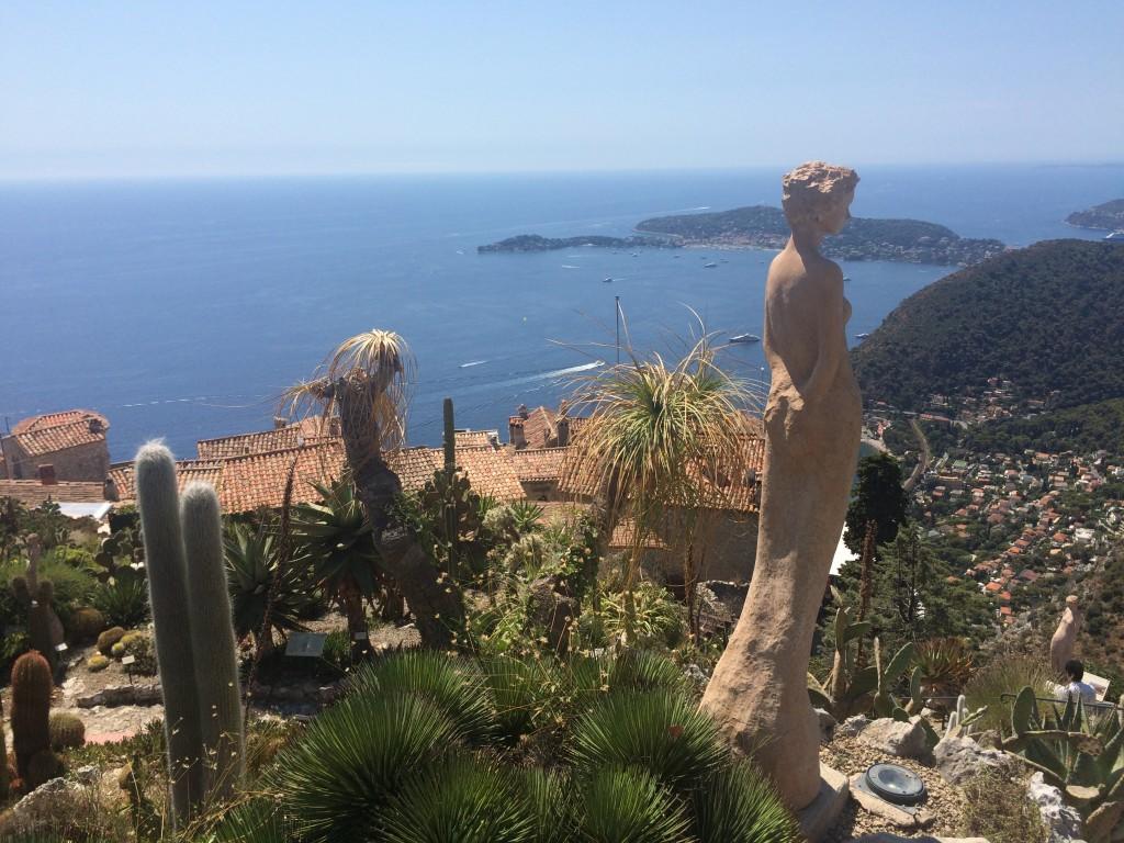 Eze-Village et sa vue époustouflante sur la Méditerranée depuis le jardin botanique